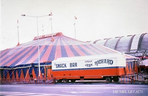 le cirque Jean Richard à Reims en novembre 1977, place du Boulingrin (2) - ( photos Michel et Jérôme Levaux)
