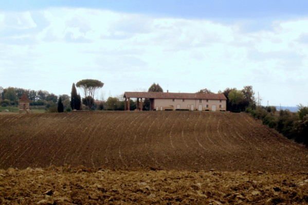 KY01 - Une ferme à St Sernin