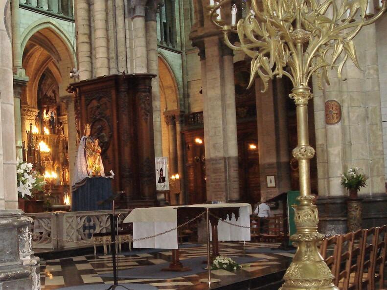 Sérénité cathédrale Saint-Ome.
