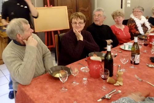 """Le repas des peintres de la section peinture des Amis du Châtillonnais a eu lieu au """"Sabot de Vénus""""..."""