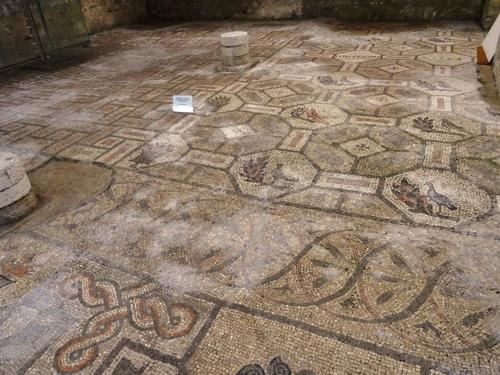 Les fresques et mosaïques de la basilique d'Aquileia en Italie (photos)