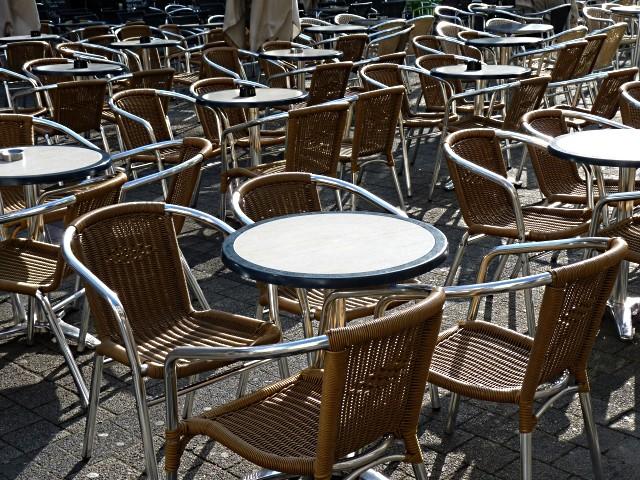 Chaises 1 - 12 Marc de Metz 09 06 2011