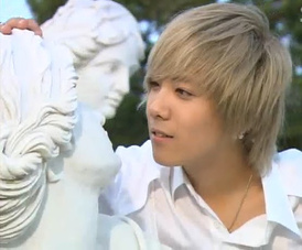 Lee Hong Ki (FT Island)