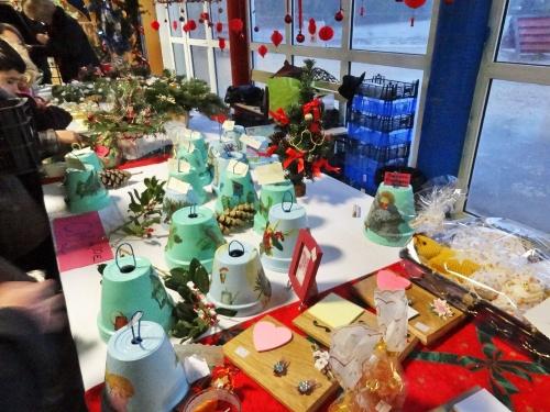Le marché de Noël de l'Ecole Saint Bernard de Châtillon sur Seine....