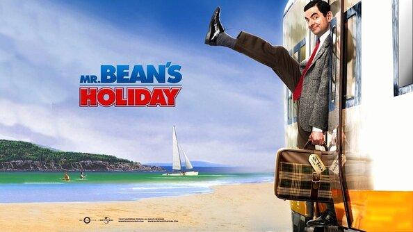 Les Vacances de Mr. Bean : Mr. Bean a gagné une semaine de vacances sur la Côte d?Azur, et une caméra vidéo. Il quitte son Angleterre natale pour la France. Arrivé à Paris, il demande à un autre passager de le filmer en train de monter à bord du train pour Cannes. L?homme est en fait le réalisateur russe Emil Duchevsky, qui se rend à Cannes pour faire partie du jury du Festival du Film. Dans la confusion du départ, Duchevsky rate le train, et Mr. Bean se retrouve à bord avec Stepan, son fils de dix ans, qui ne parle pas un mot d?anglais. Pour Mr. Bean et Stepan commence alors un périple vers le sud de la France plein de surprises, de rencontres et d?aventures toutes plus délirantes les unes que les autres? ... ----- ... Origine du film : Français, allemand, britannique Réalisateur : Steve Bendelack Acteurs : Rowan Atkinson, Willem Dafoe, Emma de Caunes Genre : Comédie Durée : 1h 29min Date de sortie : 18 avril 2007 Année de production : 2007 Titre Original : Mr. Bean?s Holiday Distribué par : StudioCanal