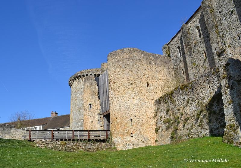 Chevreuse : Rénovation du château de la Madeleine