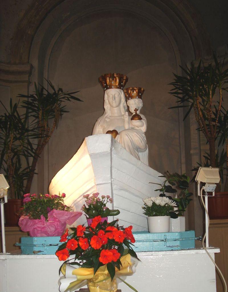 Boulogne-sur-Mer et sa basilique.