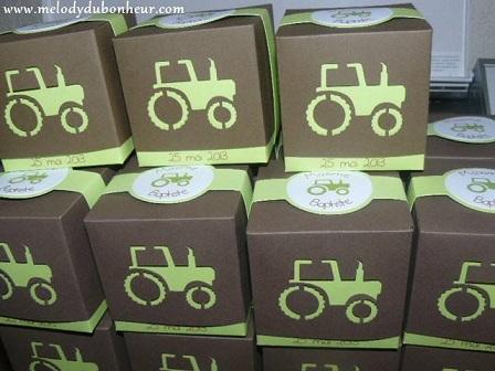 Boites à dragées thème tracteur