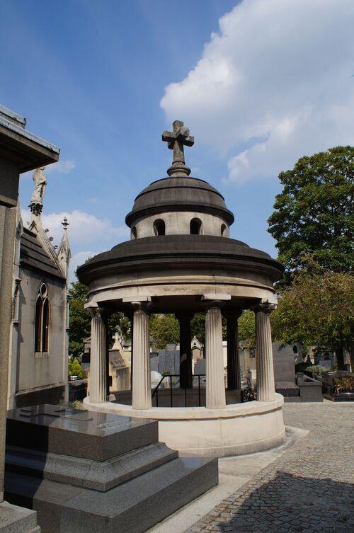 Le cimetière de Passy