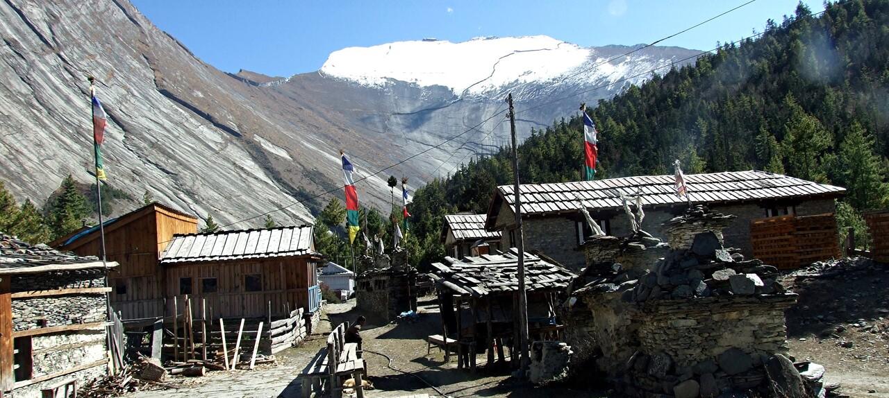 6-1 / Népal / Le tour des Annapurnas. Vers le col du Thorong (2)