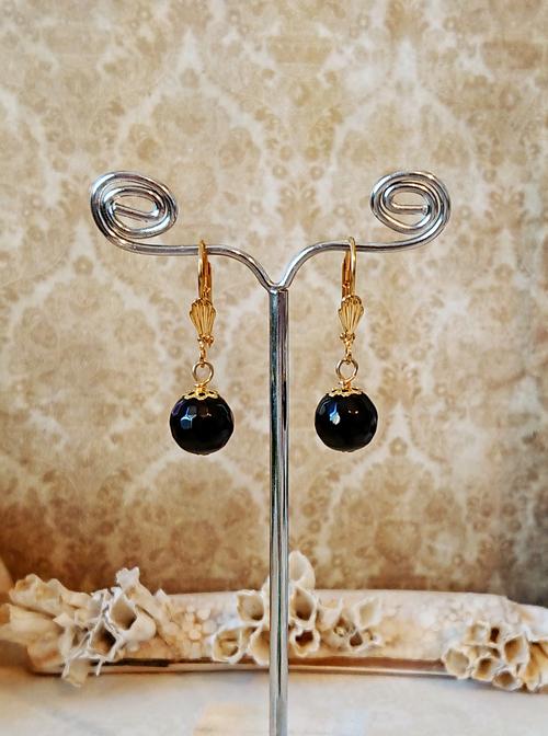 Boucles dormeuses Pierre onyx noire facettée 10 mm / laiton doré  - Black onyx leverback earrings