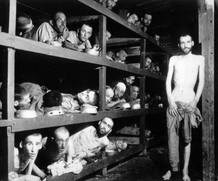 """L'ex-SS et """"comptable d'Auschwitz"""" meurt à 96 ans, sans avoir fait un jour de prison"""