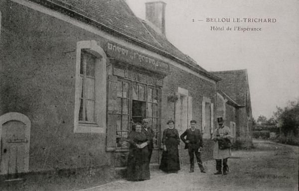 Village de Bellou-lme-Trichard