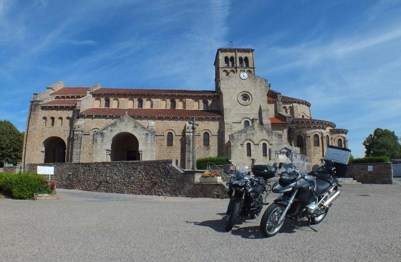 Une balade à moto au départ de vichy....
