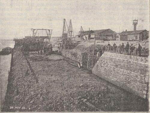 Achèvement des quais de l'avant-port de Calais