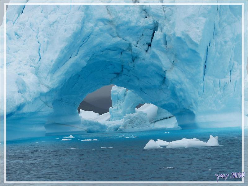 Une pure merveille dans le cimetière d'icebergs de Savissivik - Qaasuitsup - Baie de Melville - Groenland