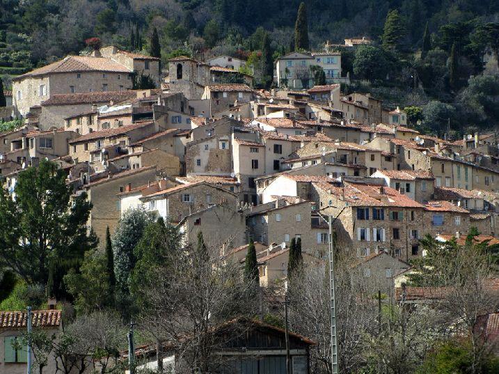 Moniqueferont blogues visite du village perch de - Les plus beau village du var ...
