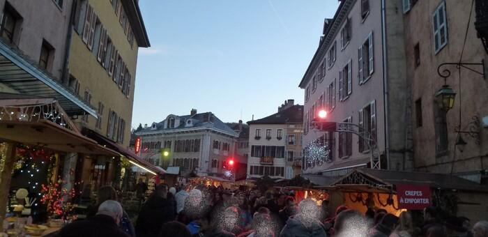Le marché de Noël d'Annecy