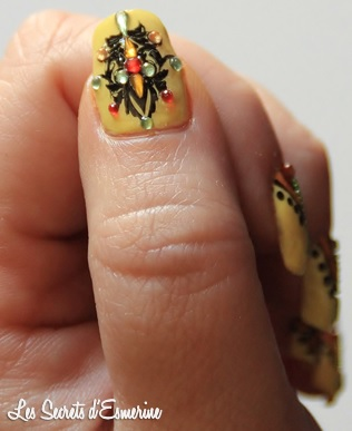 Nail Art Stamping et strass