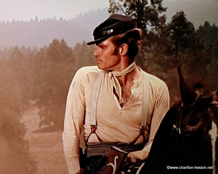 MAJOR DUNDEE (1965) video & photos (2)