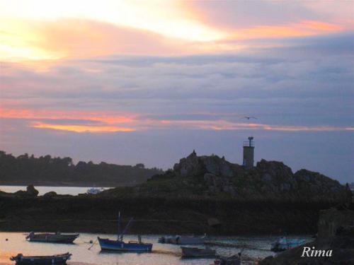 port-de-Longuivy-de-la-mer--.jpg