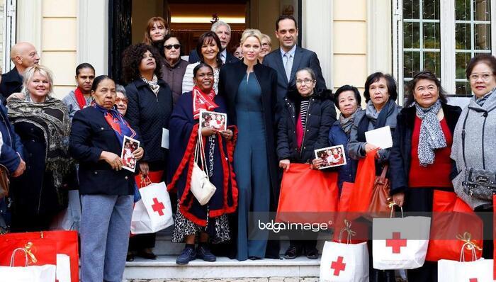 Cadeaux aux personnes âgées à Monaco