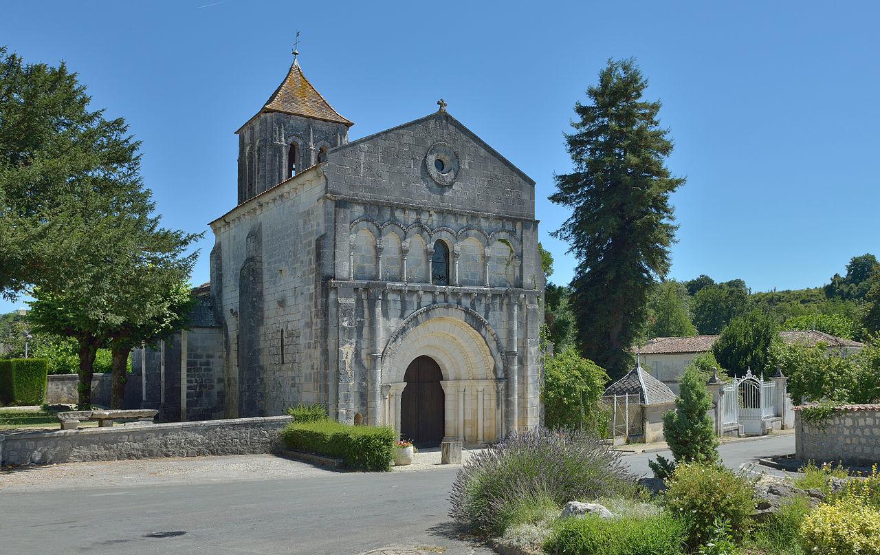 Église Saint Césaire 2013.jpg