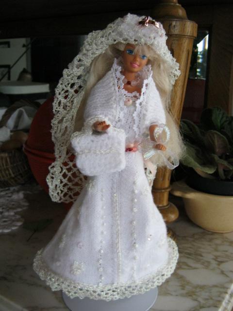 LA ROBE DE MARIEE DE MA BARBIE C'ETAIT LE DEFI DE PIPIOU