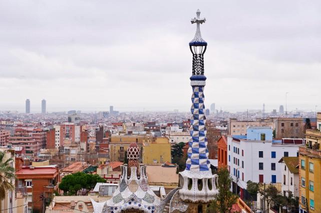 Été comme hiver, Barcelone reste l'une des villes... (Photo David Ramos, archives Bloomberg)