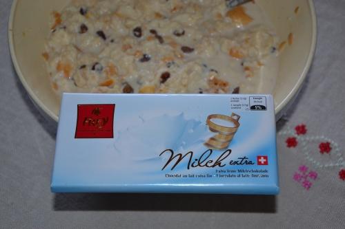 Gâteau au pain aux raisins et chocolat