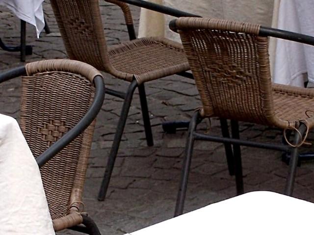 Chaises 2 - 4 Marc de Metz 09 06 2011