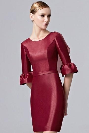 Robe fourreau rouge à manche dos transparent