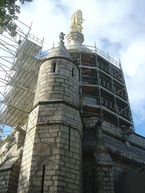 Monument à Notre-Dame d'Étang