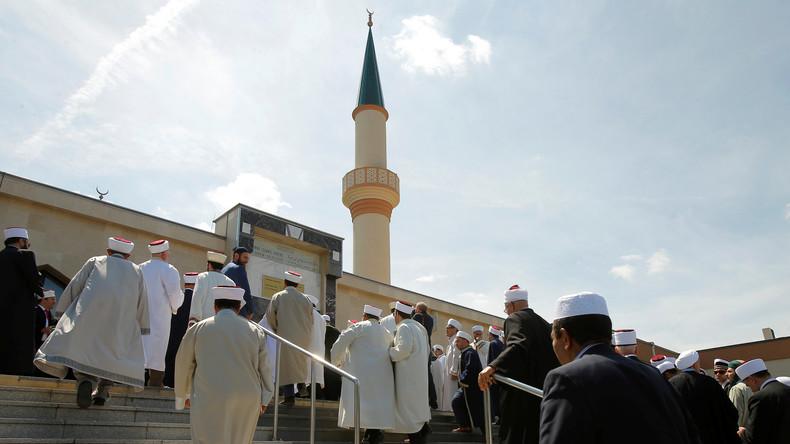 Menace de fermeture de mosquées et d'expulsions d'imams en Autriche : la Turquie est scandalisée