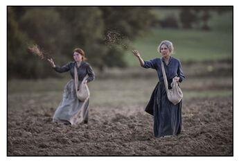 Les Gardiennes : Photo Iris Bry, Nathalie Baye