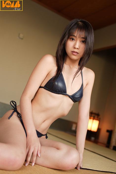 WEB Gravure : ( [Bomb.tv - GRAVURE Channel] - | 2005.05 | Megumi Amano/天野めぐみ )