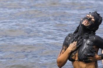brazil-mud-festival-(13)-600x400