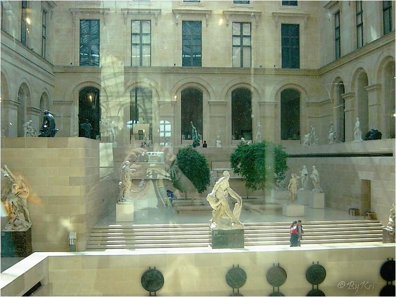 Reflets au Louvre ...