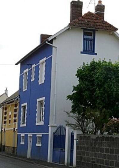 Façades bleue et jaune- 30-04-2010 009
