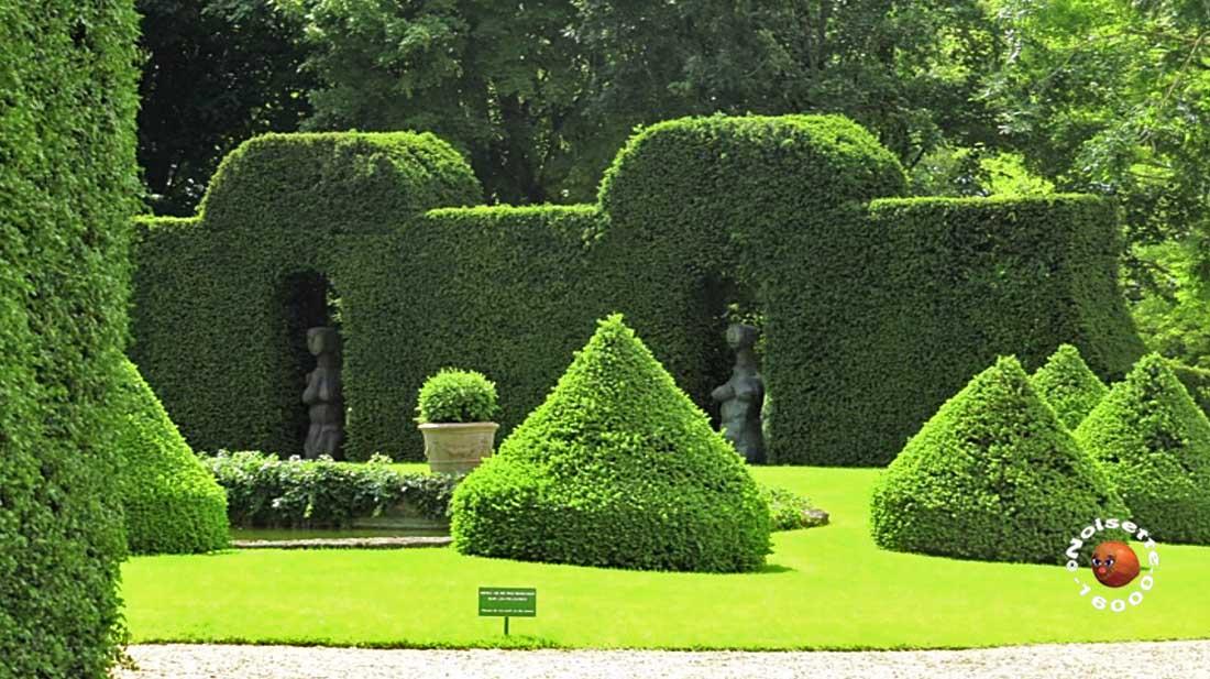 Les jardins du manoir d 39 eyrignac en dordogne 2 angoul me for Entretien jardin angouleme