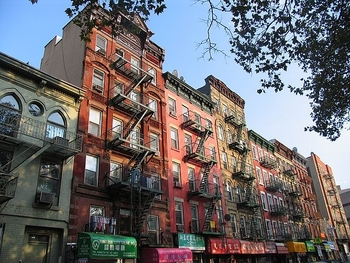new_york_chinatown_houses