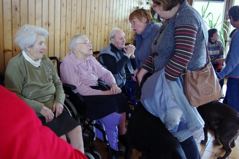Animation à la maison de retraite à Etaules (charente maritime)