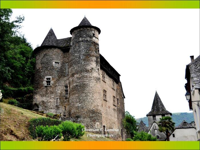 Entraygues-sur-Truyère (IV/V) :