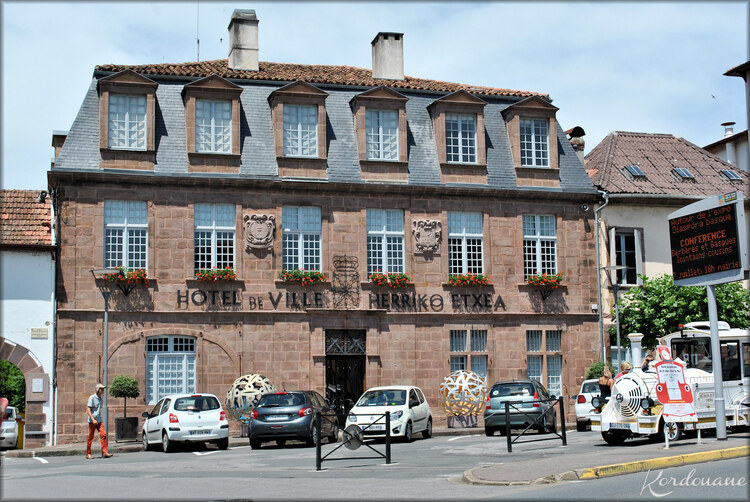 Photo de l'Hotel de Ville de Saint-Jean Pied de Port