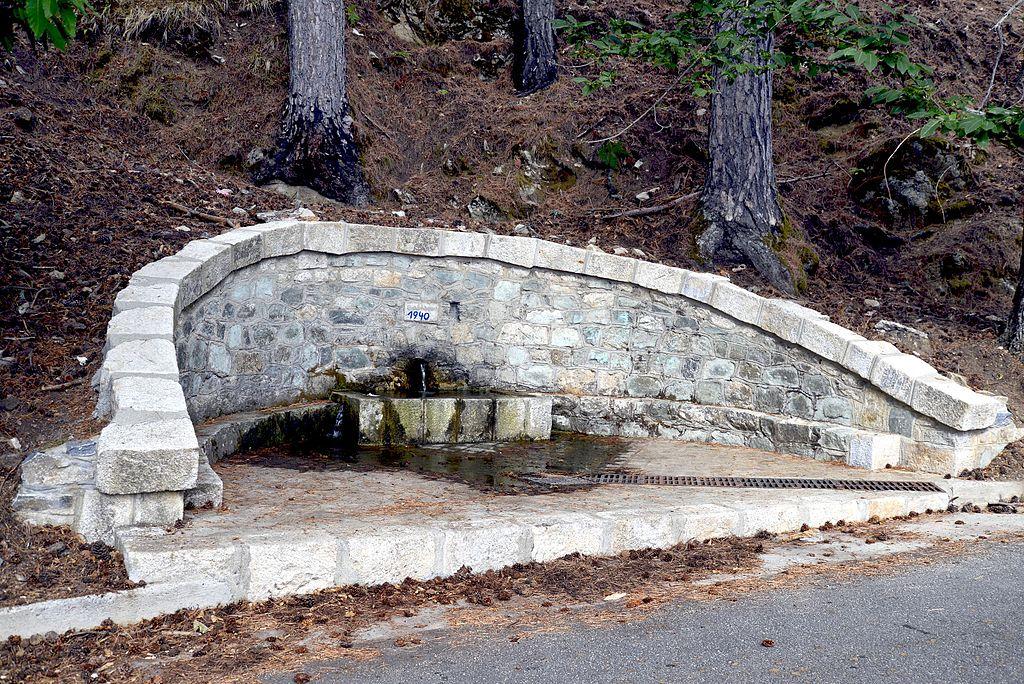 Ghisoni fontaine de Castagno.jpg