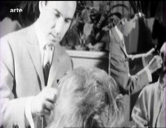 1963 / 1965 : Michel Mastey coiffe Sheila.