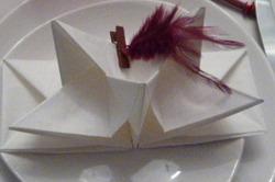 Table rouge et blanche