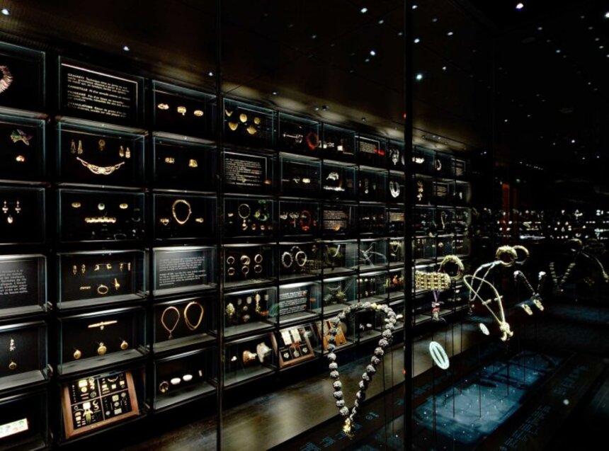 La galerie des bijoux du musée des Arts Décoratifs