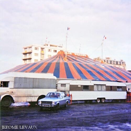 le cirque Jean Richard à Reims en novembre 1977, place du Boulingrin (3) - ( photos Michel et Jérôme Levaux)