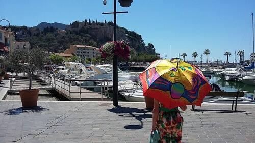 Parapluies à Cassis